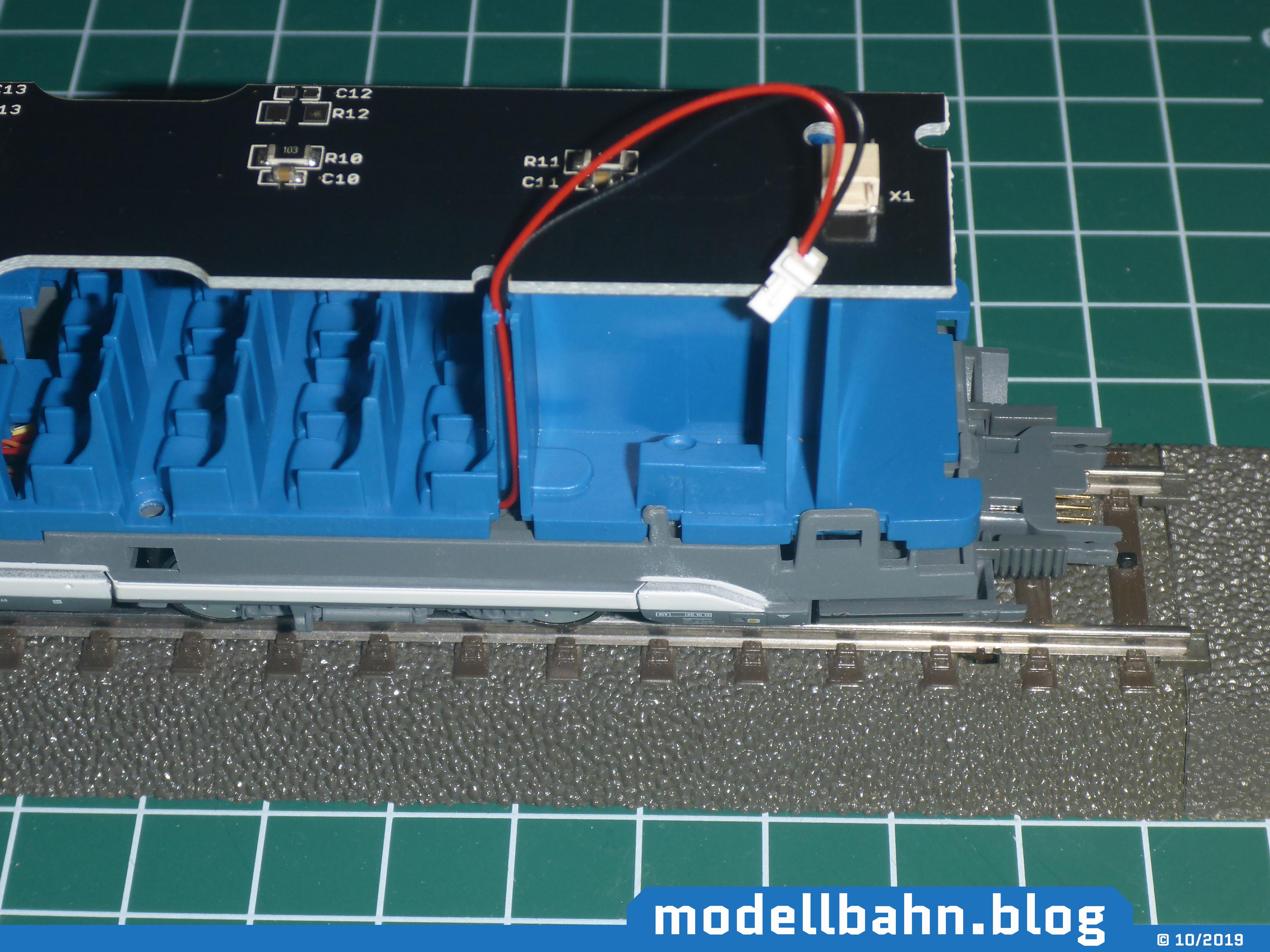 Piko 58593 ICE4 Ergänzungswagen mit aufgesetzter Beleuchtungsplatine 56290